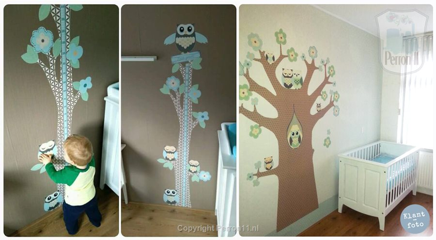 Kids with poster wallpaper Family Owl and growth meter Family Owl