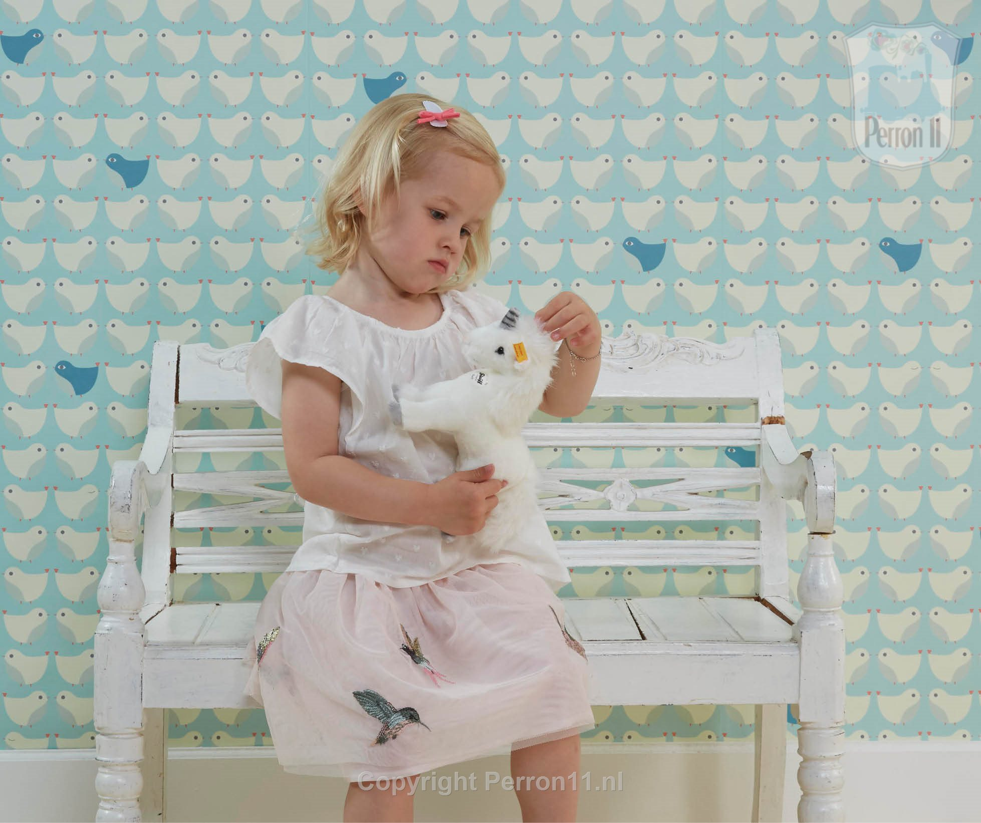 girl plays quietly for bird wallpaper