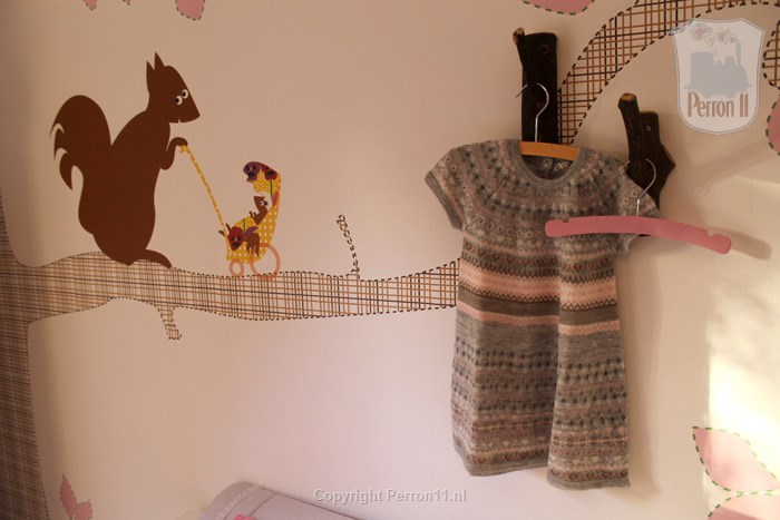 wallpaper nursery nursery room squirrel girl pink